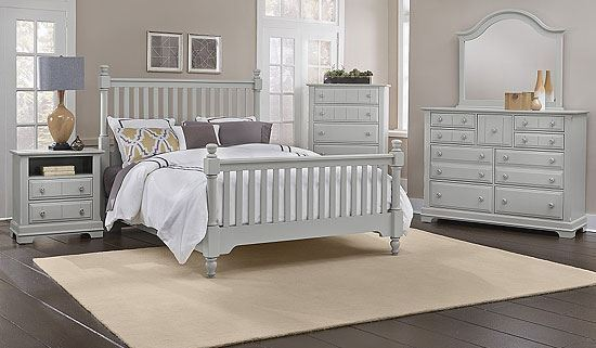 Cottage Bedroom Collection in a Snow White finish