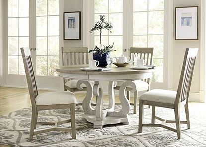 Litchfield Casual Dining Room with Round Table